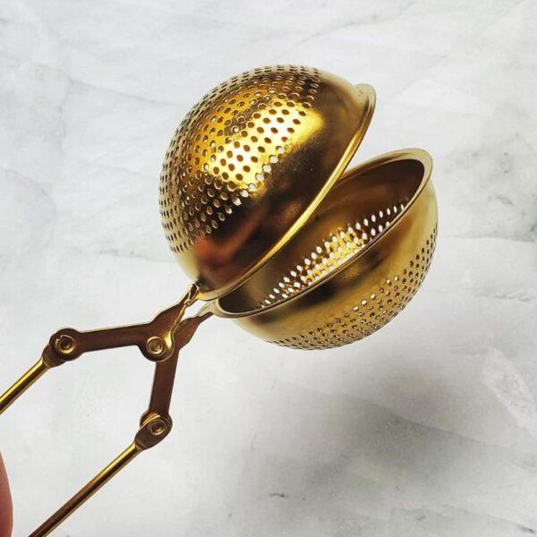 Tea Strainer Gold Spoon - Floris Naturals